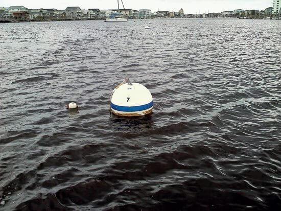 Overnight moorings versus anchoring