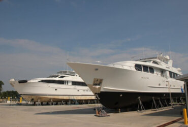Yachts safely stored at Saunders Yachtworks Boatyard in Gulf Shores AL. Their new facility has a 150 Metric Ton Marine Travelift.