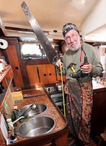 Cap'n Fatty Goodlander chopping up the galley on Ganesh