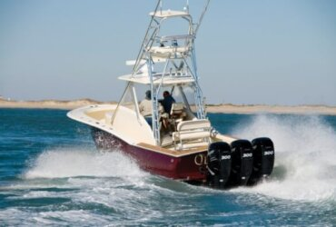 Besides the legendary ride and handling, the semi-production Jarrett Bay 34 is equipped with many of the fishing features you'd expect to find aboard her custom sisterships
