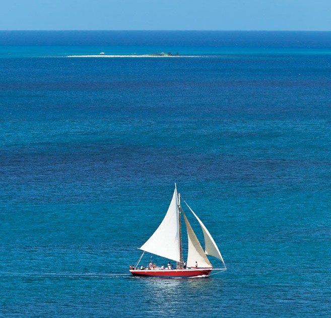 Tradition sails between Anguilla and Sandy Island. Photo © Rene Guinto
