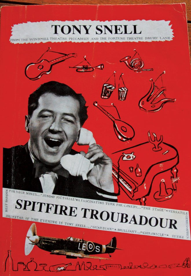 Spitfire-Troubadour,-Tony-Snell
