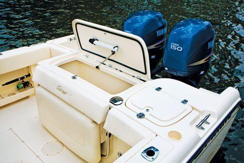 Grady-White Fisherman 257 aft fish box