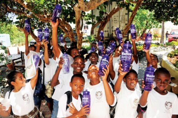 The school kids on tour received free reusable water bottles as part of the BVISR participation in the Clean Regattas campaign