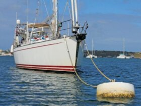 Mooring a Boat - Photo: OceanMedia