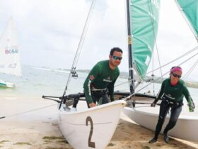 Francisco 'Faccio' Figueroa (left) and Jolliam Berríos won the Hobie 16 class. Photo: Dennis Rivera