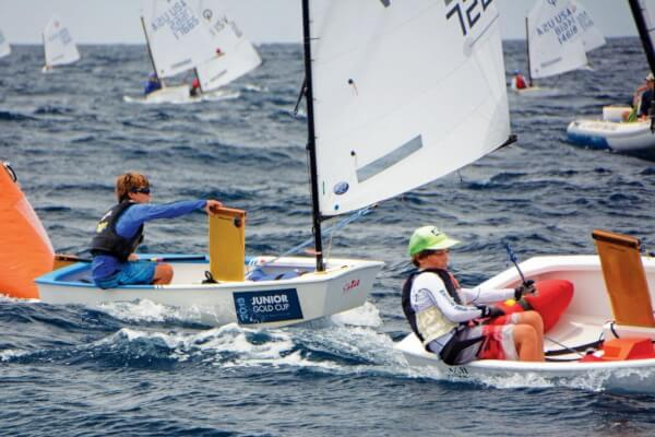 Teddy Nicolosi (left) finished second overall behind Rayne Duff (right). Photo: Dean Barnes