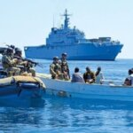EU Naval Force captures suspected Somali pirates.