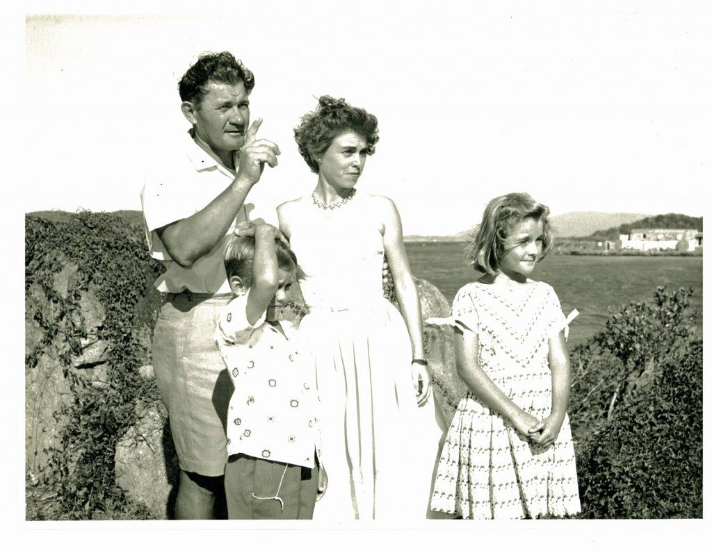Wladek, Mabel and family