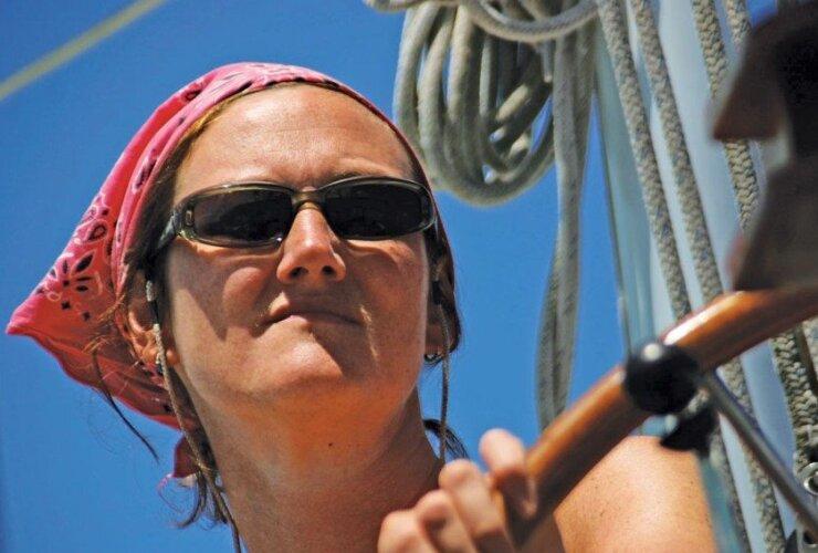 Kirsty Morrison female skipper Pink Lady