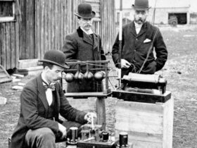 VHF Radio Distress Call: British Post Office engineers inspect Guglielmo Marconi's  wireless telegraphy (radio) equipment, during a demonstration on Flat Holm Island, 13 May 1897. This was the world's first demonstration of the transmission of radio signals over open sea, between Lavernock Point and Flat Holm Island, a distance of three miles.