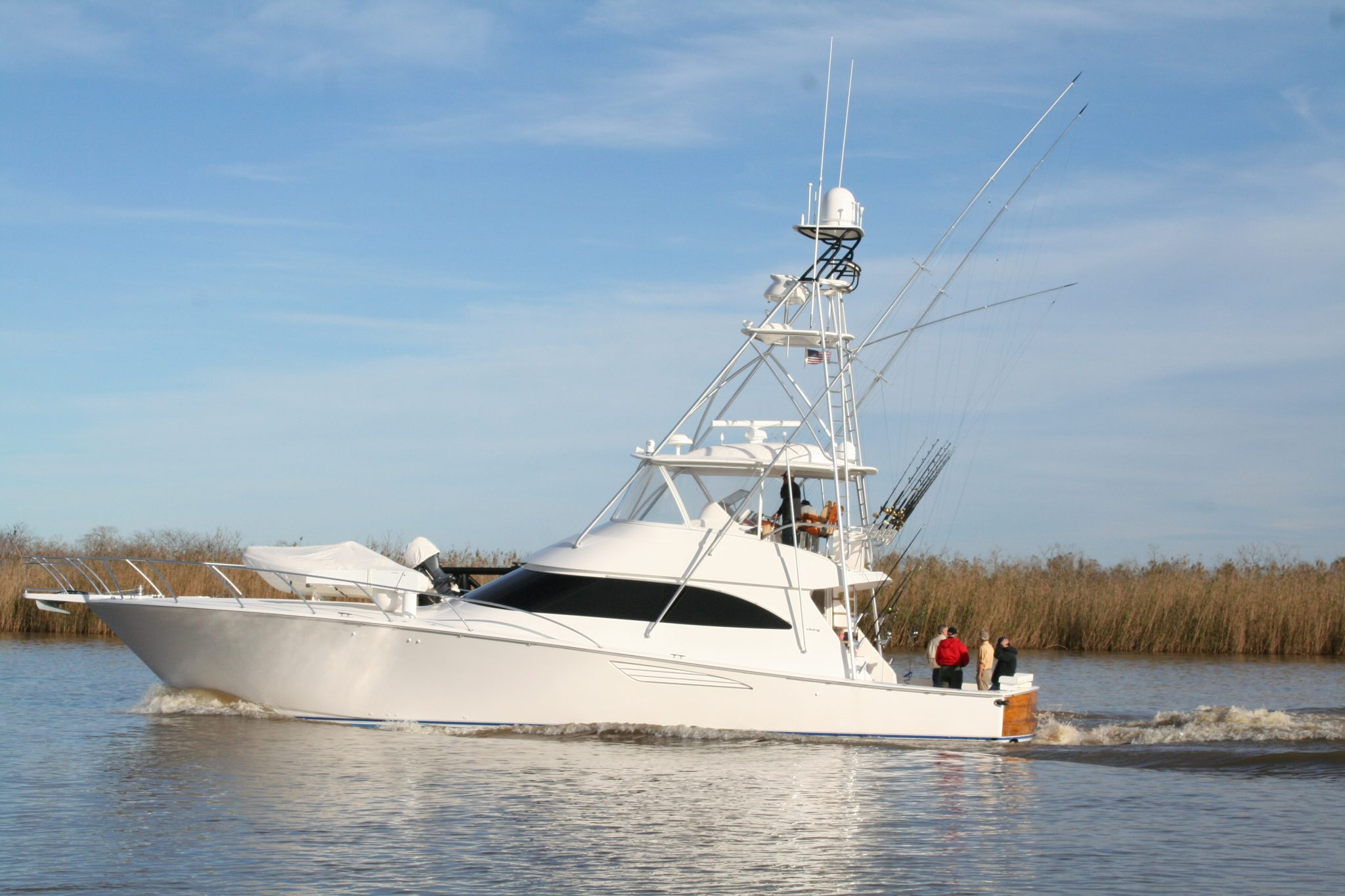 The Quiteña was originally outfitted for sport fishing in the Gulf of Mexico. However, the new owner and San Diego resident, Paul Fruchbom, wished to modify the boat to accommodate fishing in the Pacific Ocean, while retaining the 2014 Viking construction standard.