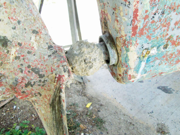 Oxygen deprivation corrosion: The propeller shaft inside the tube, where you can't see it, is prone to crevice corrosion. Photo: OceanMedia