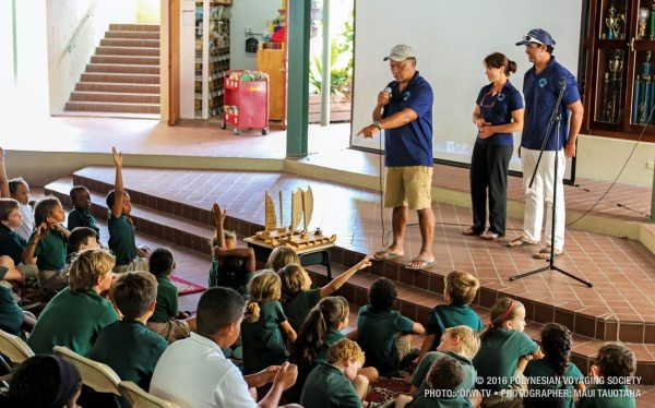 Hokulea BVI : Hokulea crewmembers speak to Cedar International School about Hokulea and its voyage