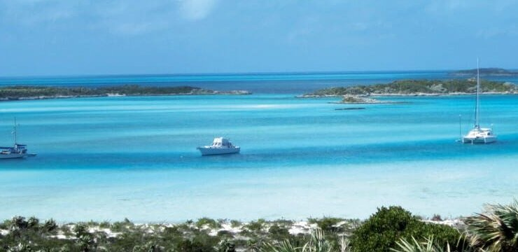 Warderick Wells Bahamas : The moorings at Warderick Wells … a study in blue. Photo by Monica Pisani
