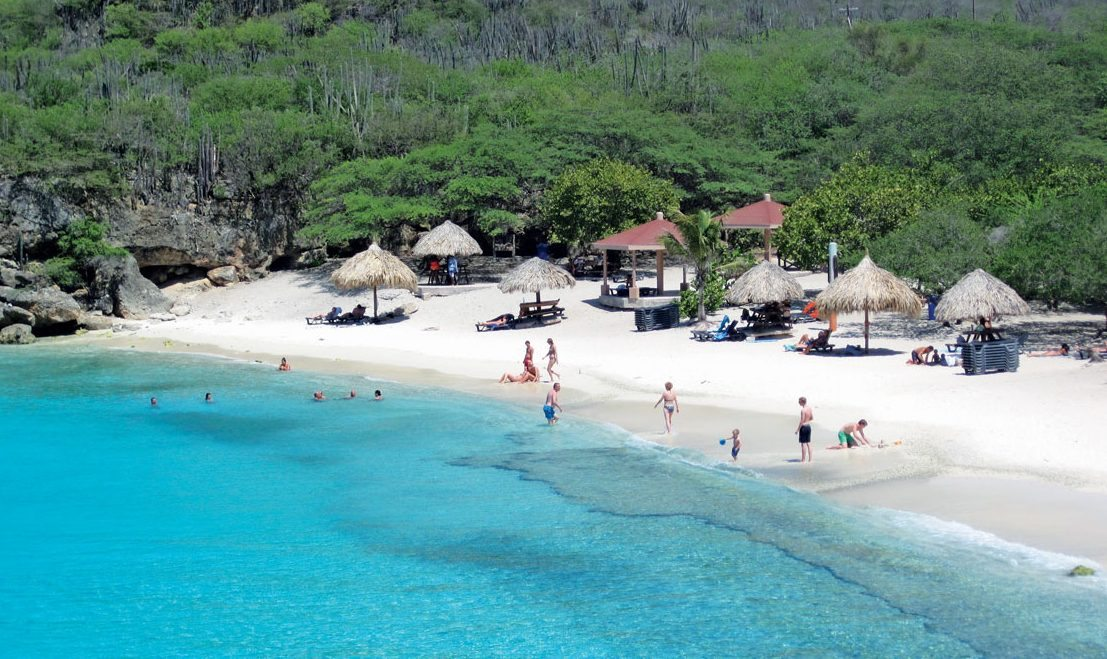 Curacao Papiamento Island : Playa Knip is a popular beach with locals, though visitors are cordially invited too