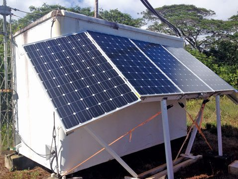 The winlink station in the Navy base on Hawaii is fully automatic and solar powered. Photo of Hawaii-station courtesy of Angus MacFeeley