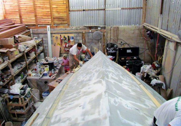 The hull takes shape. Photo Alexine Hollander