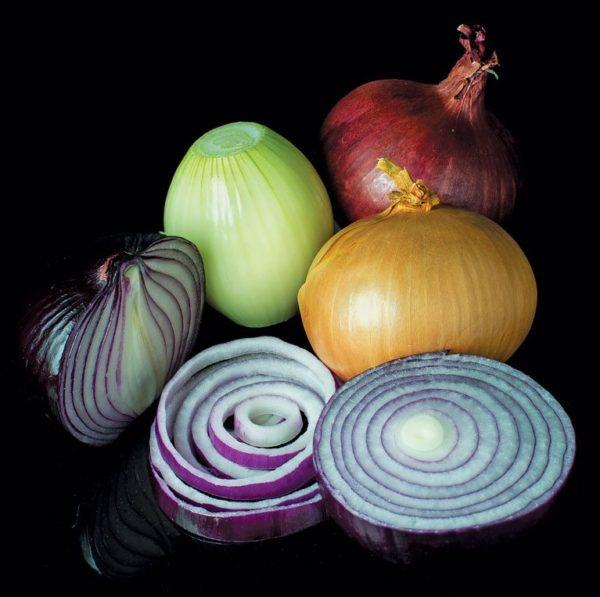 Onions … passionate potency. Photo: Colin/Wikimedia Commons/CC BY-SA 3.0
