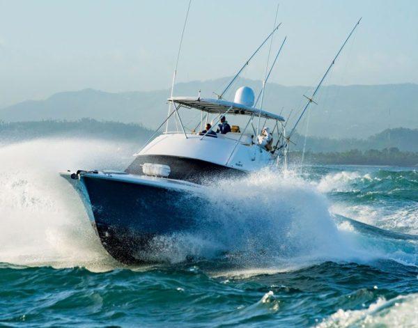 Powering through heavy seas