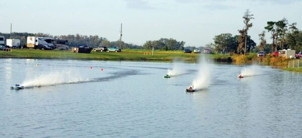 RC Model Boats race in Florida