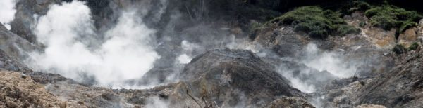 Sulphur Springs geothermal area near Soufrière, Saint Lucia showing hot pools and steaming fumaroles. Photo: Gordon Leggett / Wikipedia