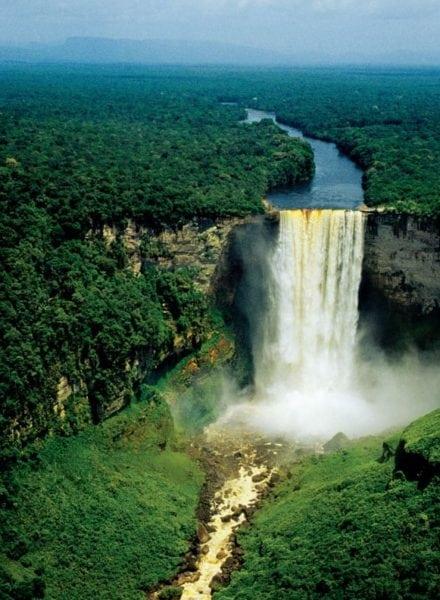 Kaieteur Falls, Guyana. Photo: Fotonatura