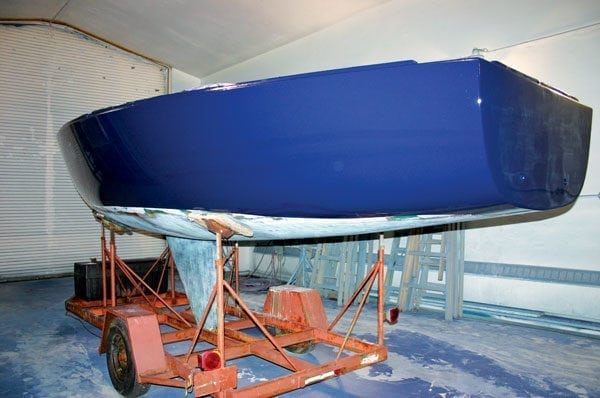 The finished hull is bright and shiny. Keeping the hull this shiny will take a lot of effort as soon as the boat gets outside