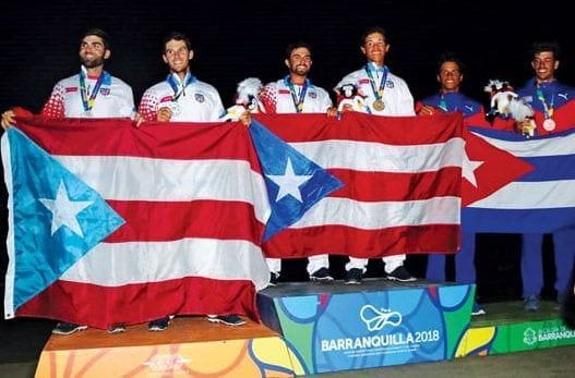 On the winners' podium (from left): the Gonzalez Brothers (Silver), Raul Andres Rios and Jose Arturo Diaz (Gold) and the Cuban Team (Bronze) of Rene Torrecillas and Carlos Exposito