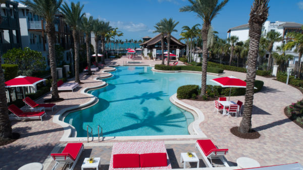 Our guests have free access to all of the resort's amenities and services such as the large heated pool with jacuzzi and pool bar, fitness room, sauna and steam room