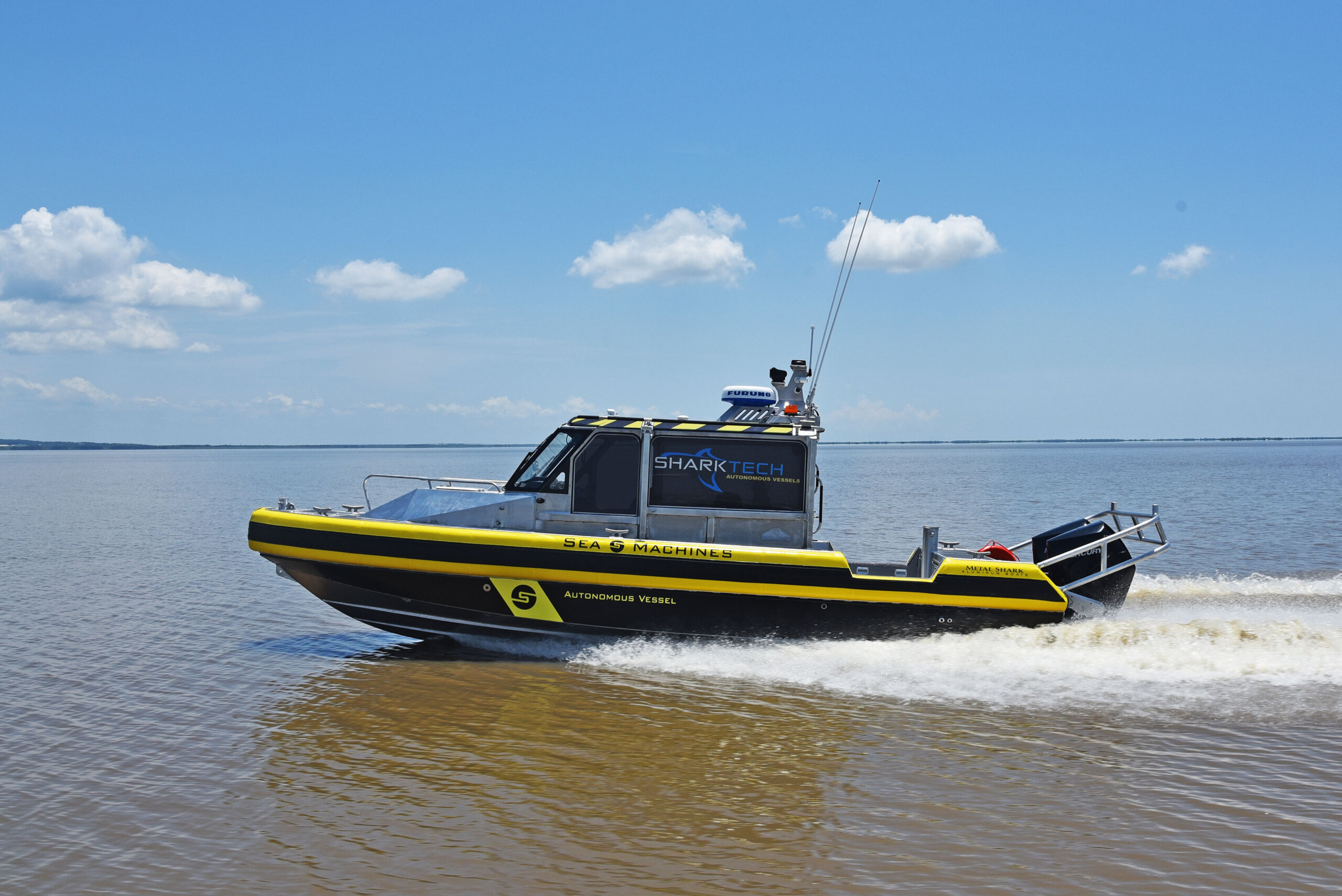 Metal Shark and Sea Machines Launch New Sharktech Autonomous Vessel and Announce Immediate Availability