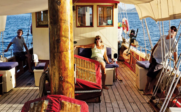 Vendia's sunset sail is all about relaxing.