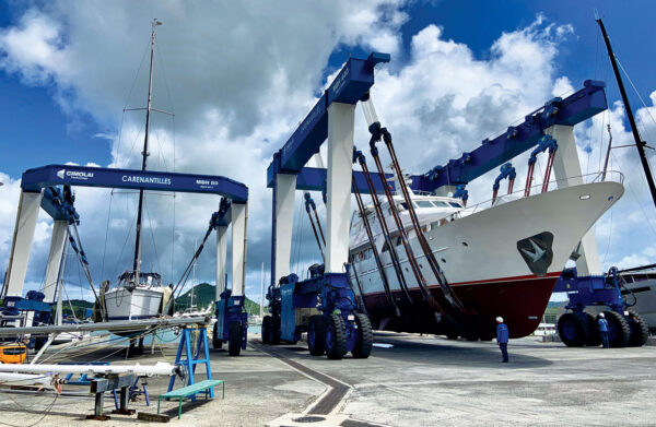 Carenantilles – 2 travelifts in action in preparation for boat repairs in Martinique